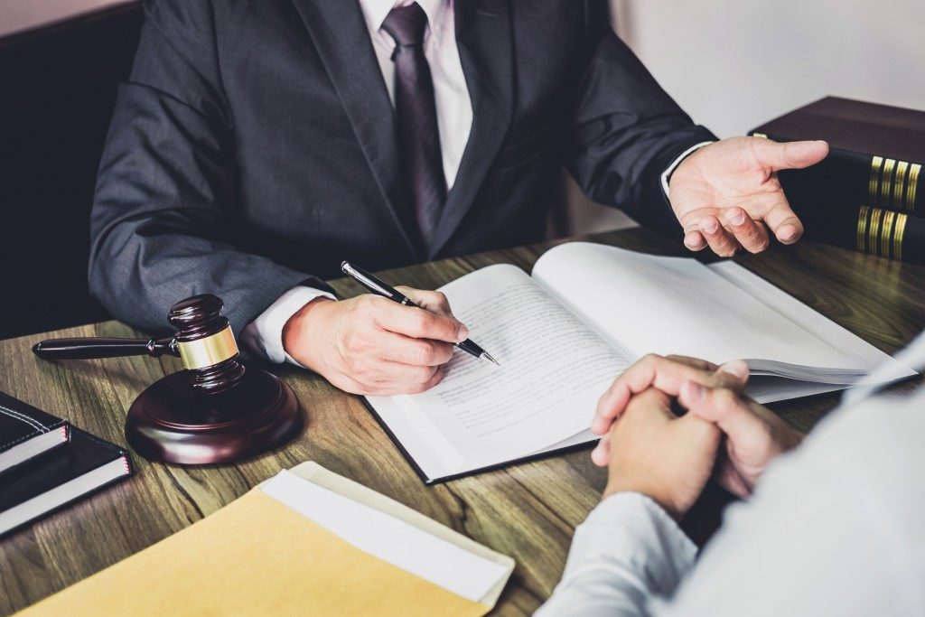 lawyer and client consultation
