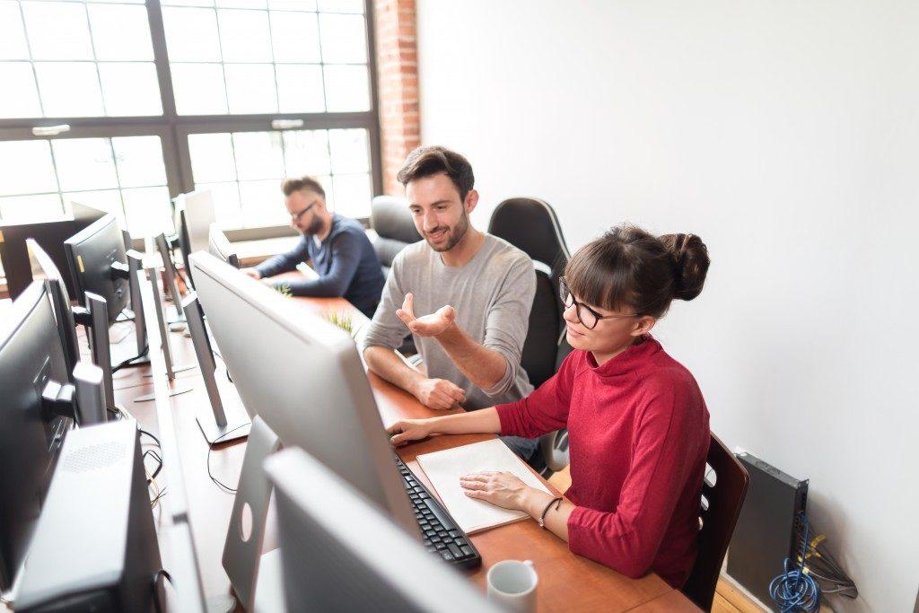 employees enjoying collaborating