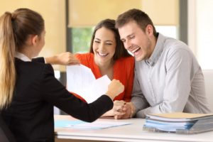 couple getting a mortgage loan
